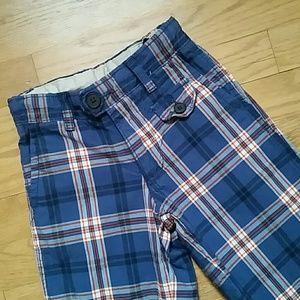 Size 6 SLIM boy Gap shorts
